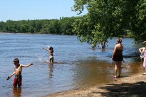 Wisconsin Riverside Resort4