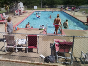 Dell Pines Pool